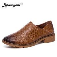 DJSUNNYMIX Brand 2018 New Retro Handmade Flats Women Shoes Spring Women Flat Heel Soft Loafers Women