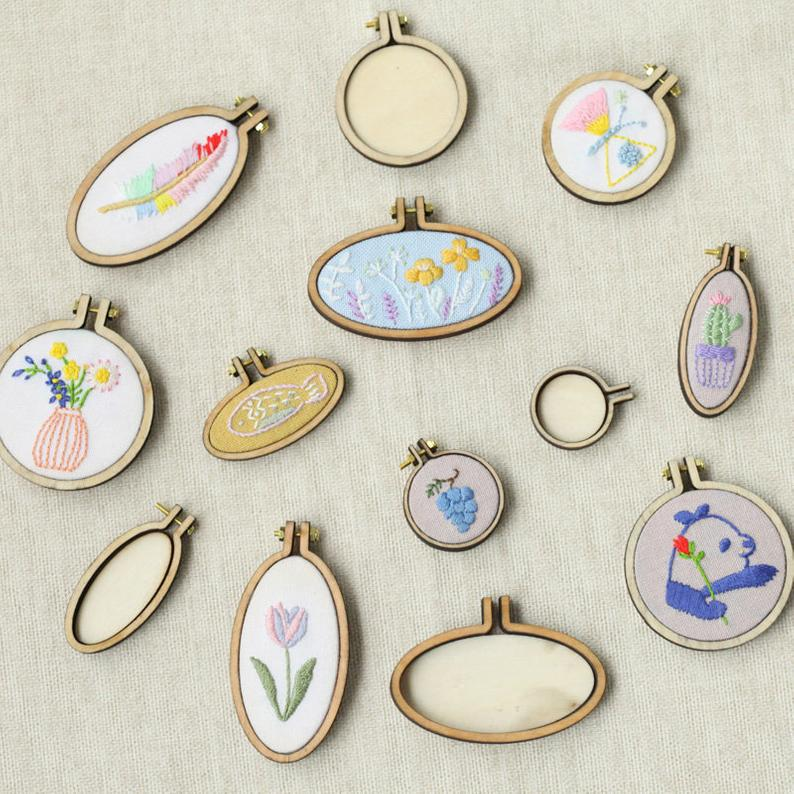 Mini Wood Embroidery Hoop Pendant Laser Cut Embroidery Frame Tiny Stitching Jewelry Hoop For Necklace Oval And Round