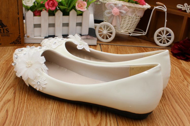 Flat heel ivory lace wedding shoes woman HS018 crystal rhinestones lace flowers brides flats shoes for woman