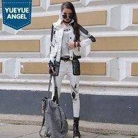 2019 весенние женские уличная 3 шт. Комплект Белый с длинным рукавом Короткая куртка рваные узкие джинсовые шаровары комплект хип хоп одежда
