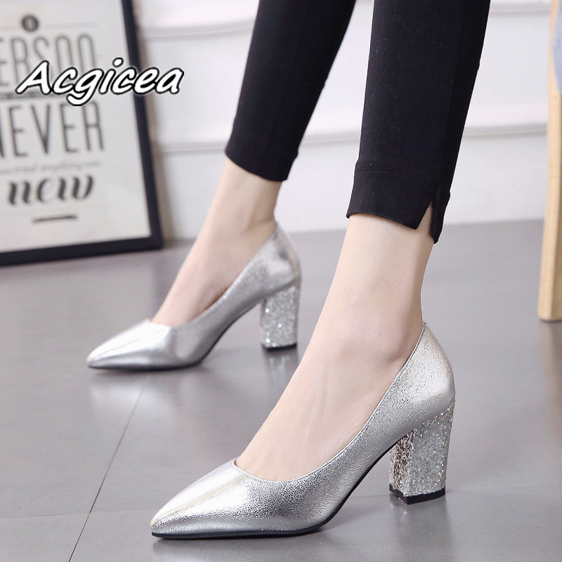 2019 autumn sexy prom wedding shoes female Square heel Pointed Toe Single shoes female 7cm Patent leather high heels   f0532019 autumn sexy prom wedding shoes female Square heel Pointed Toe Single shoes female 7cm Patent leather high heels   f053