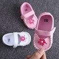 Flor Meninas do bebê Sapatos Sapatos de Bebê PU Mocassins De Couro Do Bebê Arco de Ouro Meninas Primeira Walker Criança Prewalkers Sapatos BP7267