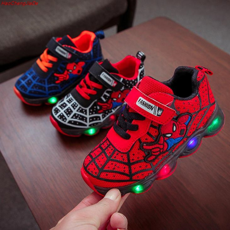 HaoChengJiaDe SpiderMan Children Shoes With Light Kids Luminous Sport Shoes Glowing Sneakers Baby Boys Girls LED Light Up Shoes