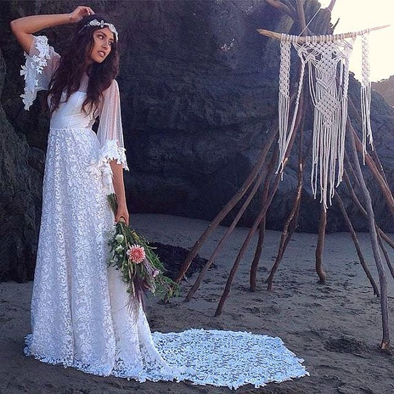 BWD49-New-Arrival-Half-Flare-Sleeve-A-Line-Beach-Wedding-Dress-2016-Custom-Made-Vestido-de