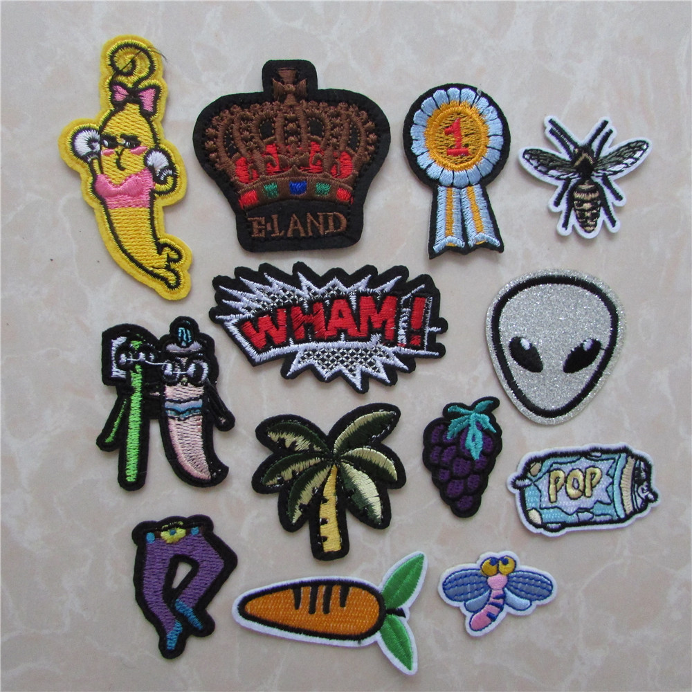 NEW 12pcs Embroidered Iron On Patch Clothes Appliques Crafts Mini apple style