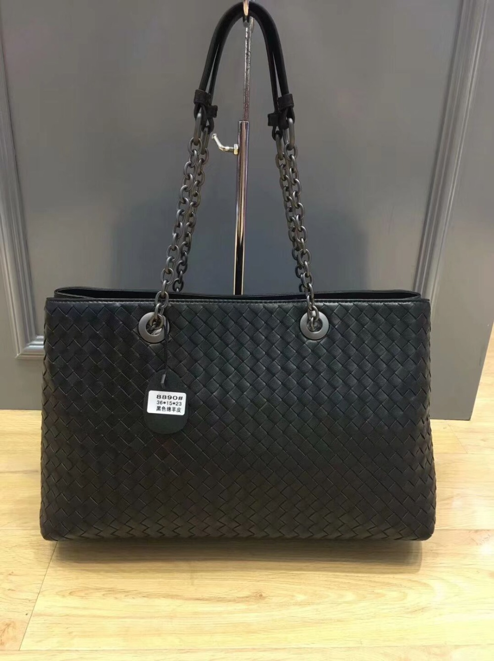 лучшая цена Chancelove fashion designer handbags genuine leather shoulder bag sheepskin weave large shopping bag brand handmade totes