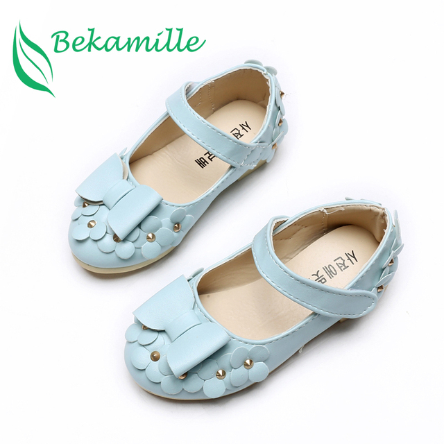 Children Shoes Girls Sandals Summer Autumn Cut Bow Princess leather shoes  Flowers Chaussure Fille Rivets Girls Shoes Sneakers 69b211006bdd