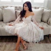 Modest Sheer Long Sleeve Off the Shoulder Homecoming Dress 2019 Lace Short Appliqued Cocktail Prom Dresses