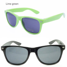 Explosive models Mini stud UV400 wayframe shape fullrim enduring stylish fashion casual sunglasses for women or men(China)