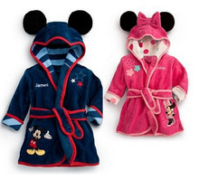 Niños baratos de los albornoces de dibujos animados abrigos chica ropa de dormir toalla de baño toalla toalla lindo ocasional pijamas trajes trajes