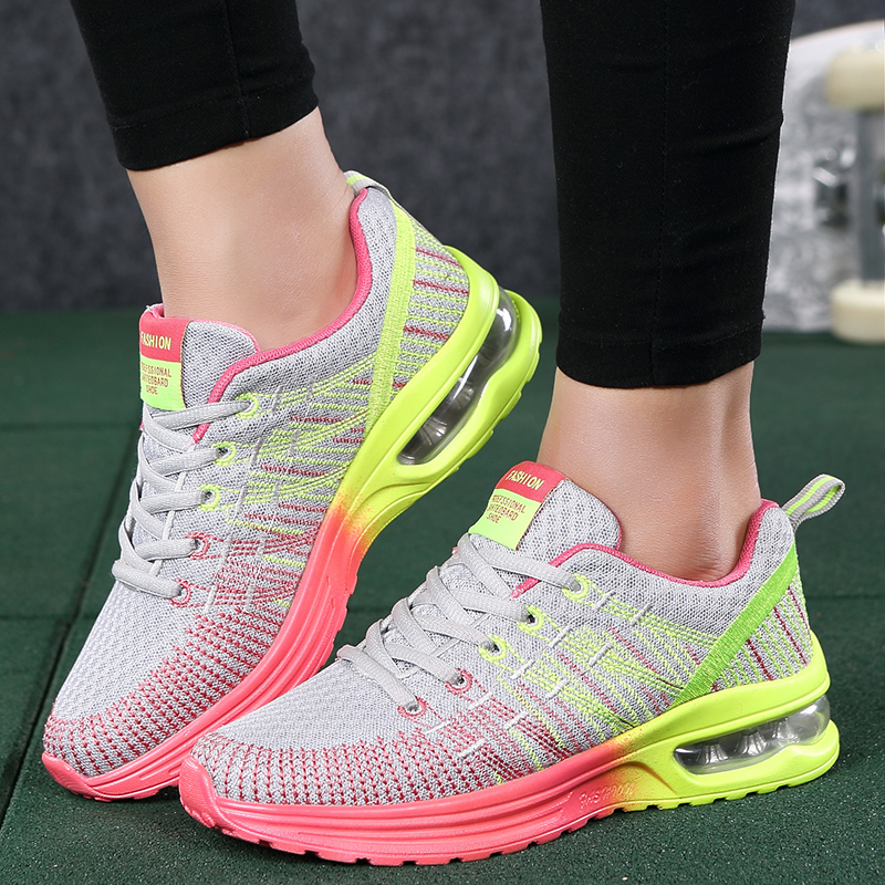 Women sneaker shoes outdoor breathable comfortable couple shoes 2018 lightweight athletic mesh casual women shoes mesh letter pattern athletic shoes