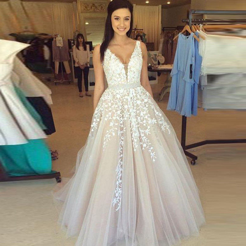 Sexy Neck Lace Long Prom Dresses