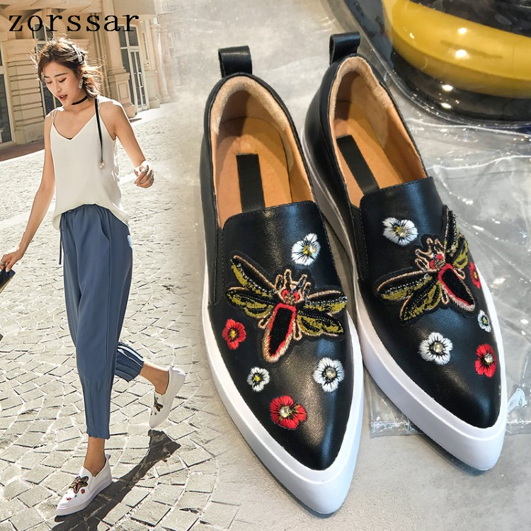 2019 Women Flats sneakers slip on Shallow Casual Women loafers Moccasins Soft Ladies Footwear women flat pointed toe shoes