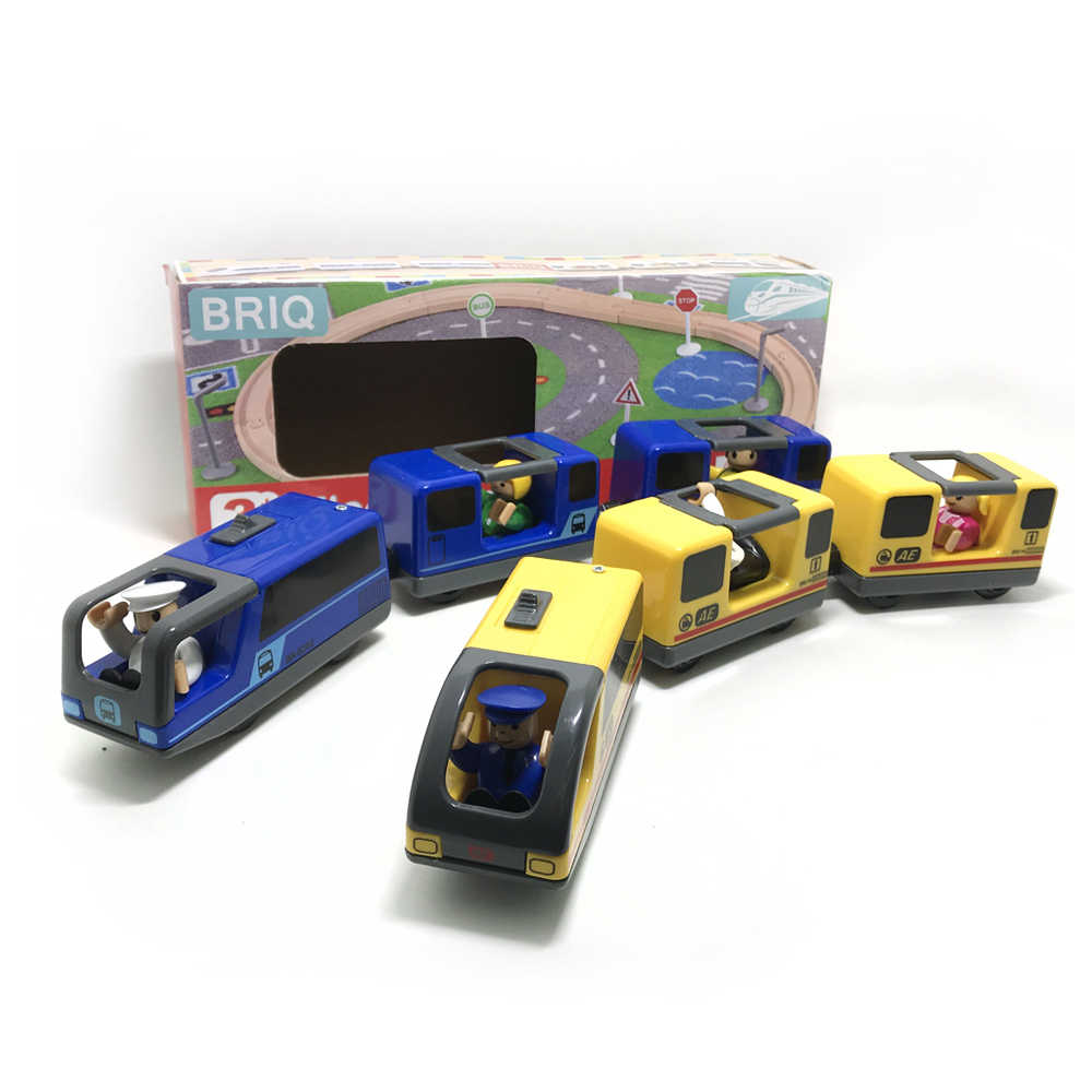 w14 free shipping Combination of electric magnetic locomotive and yellow Blue electric train set Compatible with wooden tracks