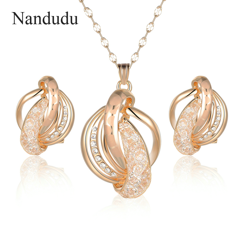 Nandudu Special Design Twisted Metal Wire Mesh Austrian Crystal Pendant Necklace Earrings Jewelry Sets for Women