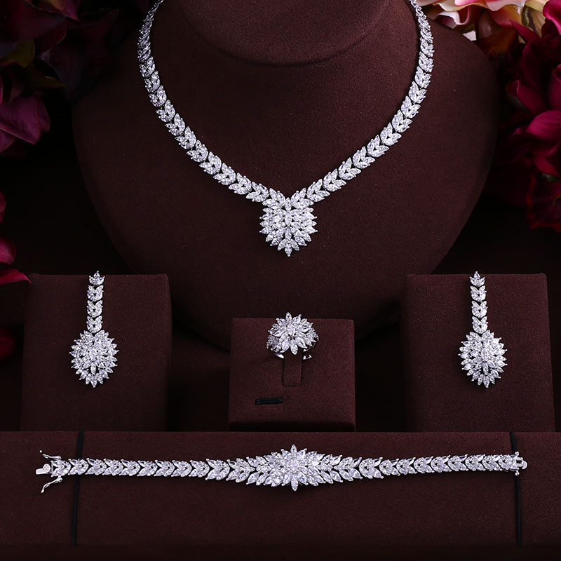 Accking  NEW design 4pcs Bridal Zirconia Jewelry Sets For Women Party, Luxury Dubai Nigeria CZ Crystal Wedding Jewelry SetsAccking  NEW design 4pcs Bridal Zirconia Jewelry Sets For Women Party, Luxury Dubai Nigeria CZ Crystal Wedding Jewelry Sets