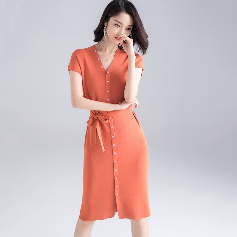 Dress Women 63% Viscose Blends Knitted Elastic Fabric V Neck Drop shoulder 4 Colors Casual Straight Dress New Fashion 2019