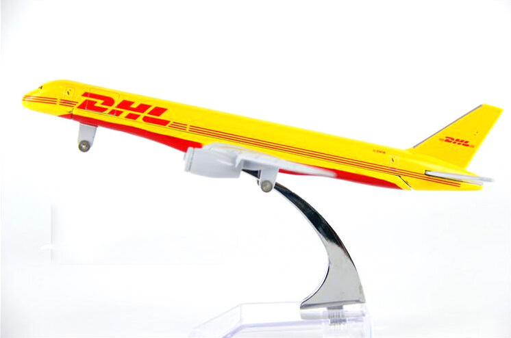 hot sell plane model Boeing 757 DHL cargo aircraft B757 16cm Alloy simulation airplane model for