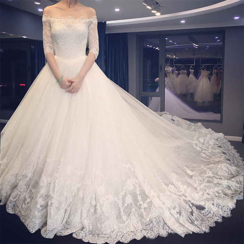 89c69633e078 New Design 2017 Long Wedding Dress Boat Neck Half Sleeves Ball Gown  Appliques Tulle Lace Chapel Train Wedding Gowns With Veil-in Wedding Dresses  from ...