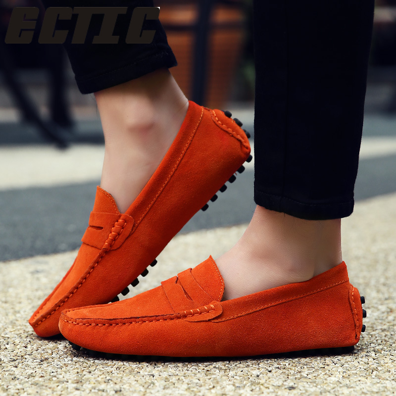 QWEDF Style Soft Moccasins Men Loafers Genuine Leather