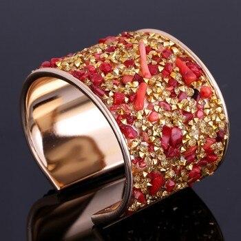 Increíble modelo de cristales masivos y Chips brazalete de moda para mujer
