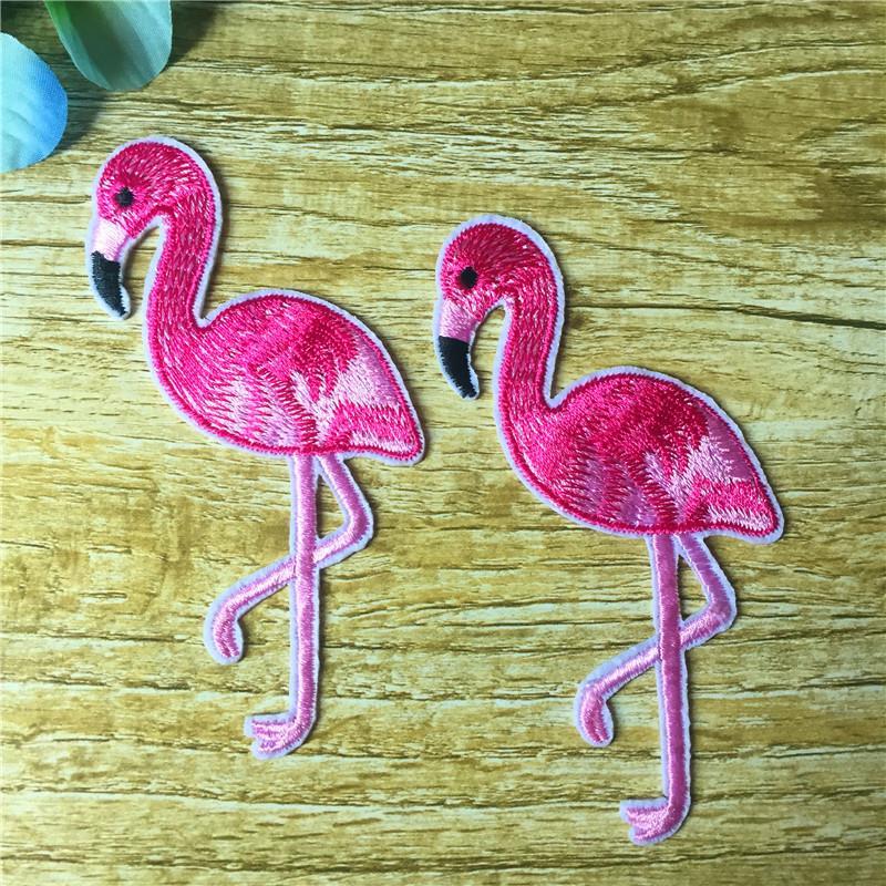 10 шт. розовый фламинго животных птица утюг-на Patch приложение вышивание вышитая одежда патч наклейки одежды поделки 16bt055