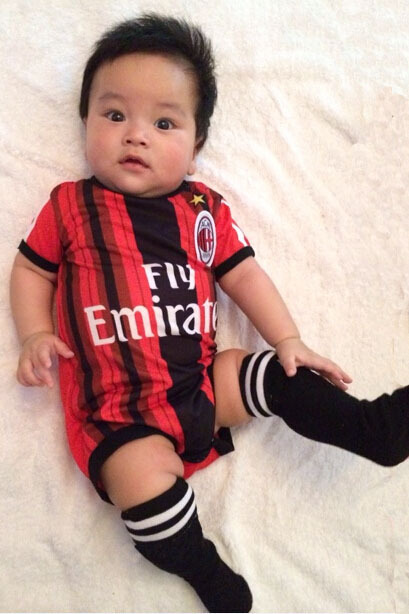 b06698846b67 100% Cotton Baby soccer jersey Rompers AC Milan kids jerseys