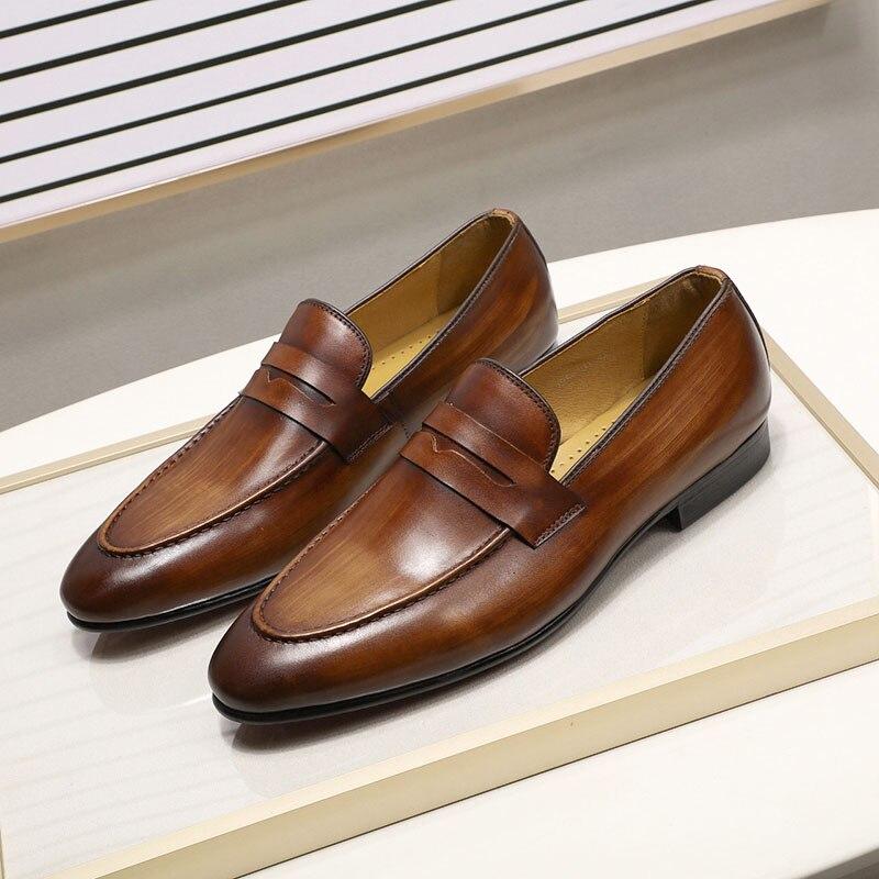 Ayakk.'ten Resmi Ayakkabılar'de Bahar Sonbahar Şık Erkek Penny Loafer'lar Hakiki Deri El Boyalı Kayma erkek Elbise Ayakkabı Düğün Rahat erkek resmi ayakkabı'da  Grup 1