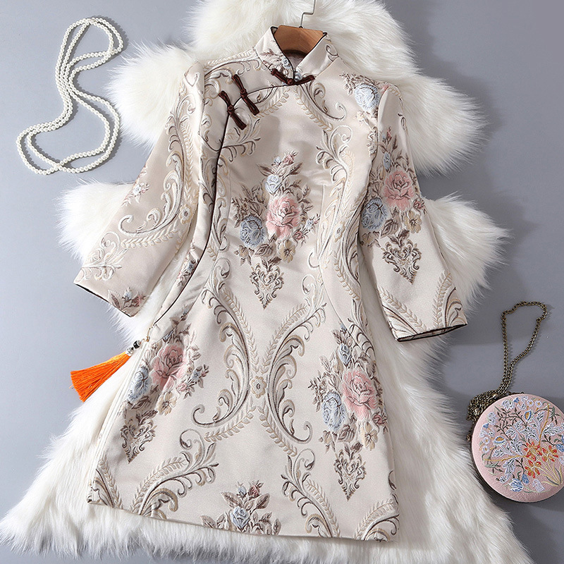 2018 Autumn New Chinese Style Women's Retro Literary Jacquard Short Simple Embroidery Improved Cheongsam Folk Shirt-front Dress