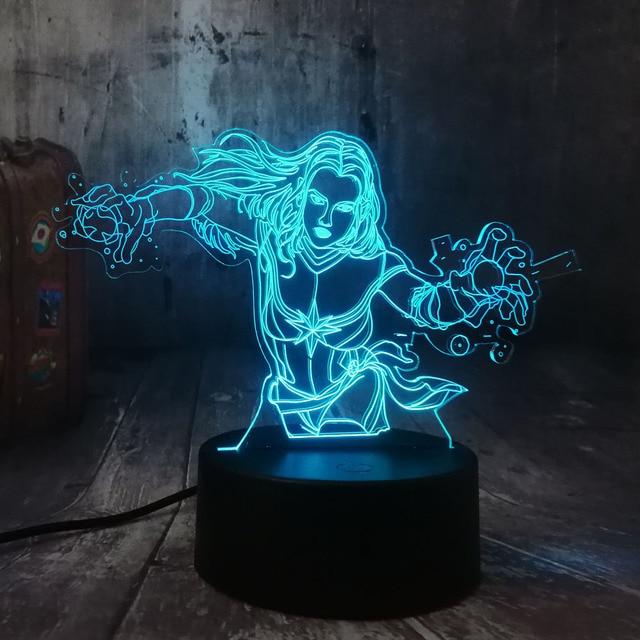 Legal Capitão Marvel Superhero Marvel The Avengers Figuras de Ação 3D LED Lanterna Luz Da Noite Lâmpada de Mesa Criança Brinquedos de Presente de Natal