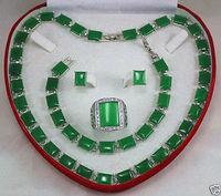 Beautiful Green Jades Necklace Bracelet Earring Ring Jewellery Set