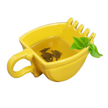 Creative Beautiful Excavator Mug Model Ceramics Mugs Whiskey Ashtray Coffee Beer Tea Cup Juice Present Teacup Cigarette Holder(China)