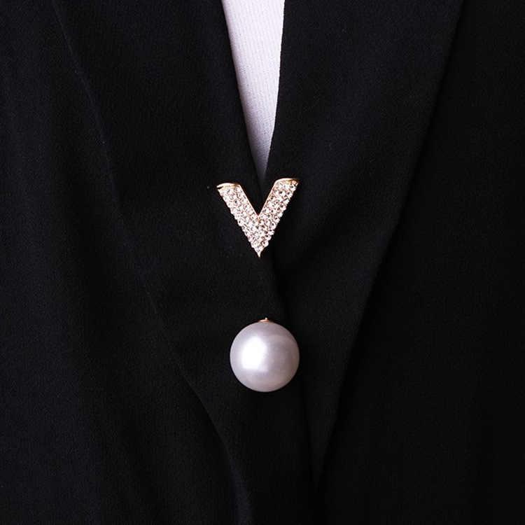 Di Trasporto Del Nuovo Creativo di Perle di Cristallo con Strass Spille Spilli Spilla Del Vestito Cardigan Vestiti Fissi di Sicurezza Spille per Accessori Dei Monili Delle Donne