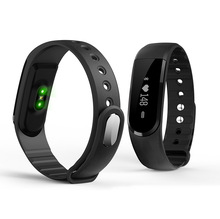 ID 101 Smart Band Bluetooth4.0 Remote Control Pedometer Heart Rate Monitor Green Light Source Fitness Tracker Smart Wristband