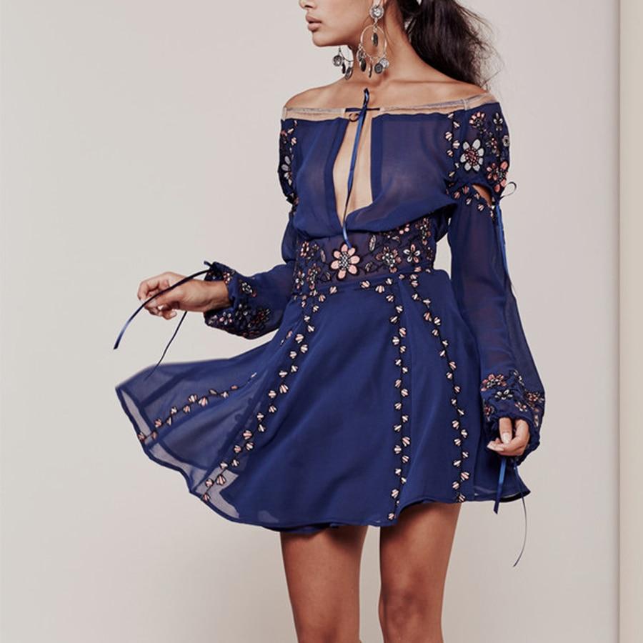 Broderie florale chic boho robe 2017 nouveau vintage o-cou à manches longues élégant mini robes en mousseline de soie bohème femmes robe vestidos