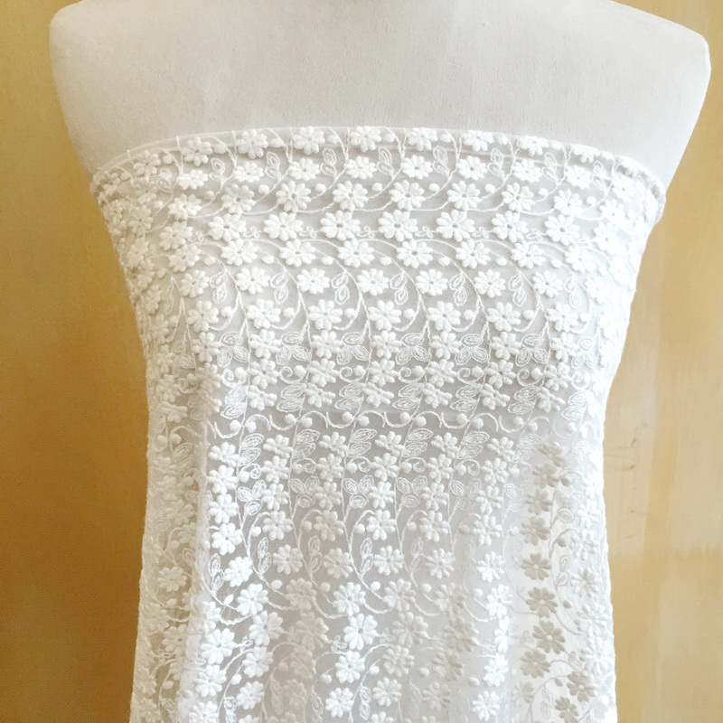 Ivory White Pretty Daisy Floral Lace Fabric, Cotton Tulle Lace Fabric for Wedding Bridal Dress Lace or Curtains Draping Fabric