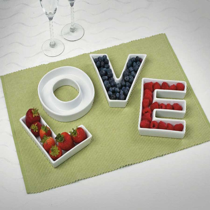 love ceramic letter candy dishes for candy table wedding. Black Bedroom Furniture Sets. Home Design Ideas