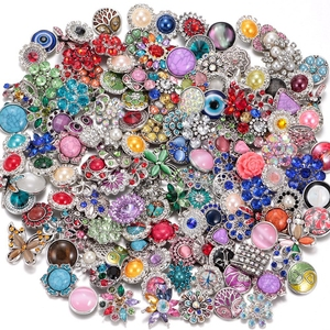 Image 2 - Wholesale 50pcs/lot Amazing Styles Rhinestone/Opal/Natural Stone Metal Buttons 18mm snap button Jewelry for Snap Jewelry