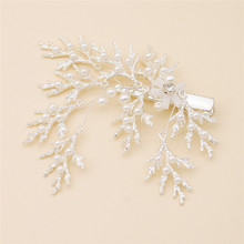 Etiquette to send new fashion silver 1pc imitation pearl headdress alloy snowflake shape duckbill clip