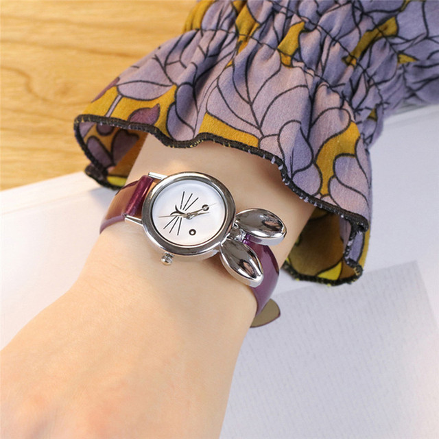 2018 Luxury Fashion Women Rabbit Ears Leisure Time Faux Leather Analog Simple Wr
