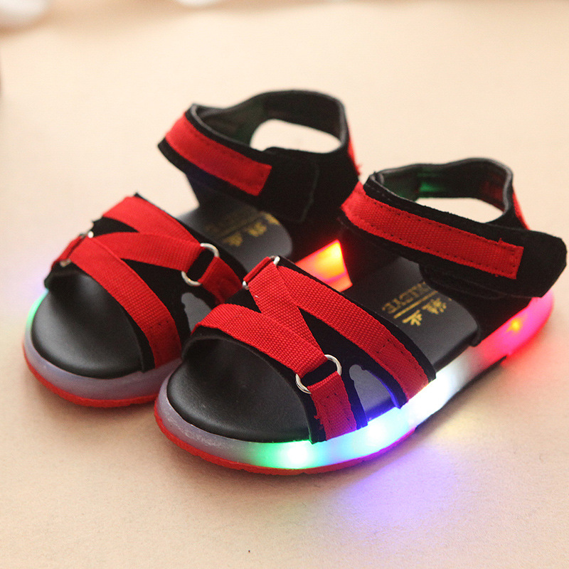 2018 Candy color Lovely children sandals LED lighted Pu girls boys shoes  soft footwear glitter cute fashion toddlers clogs-in Sandals from Mother    Kids on ... 8d8d6c8e4dc9