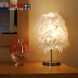 Creative gift feather Table Lamps bedroom bedside lamp ...