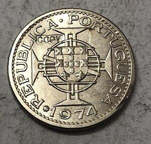 1974 Angola 5 Escudos Copper-Nickel Coin Copy(China)