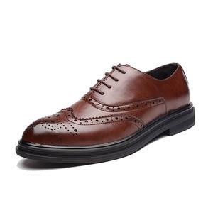 Image 2 - 2019 Мужские модельные туфли; кожаные оксфорды; Повседневная Деловая официальная мужская обувь на шнуровке; брендовая мужская Свадебная обувь