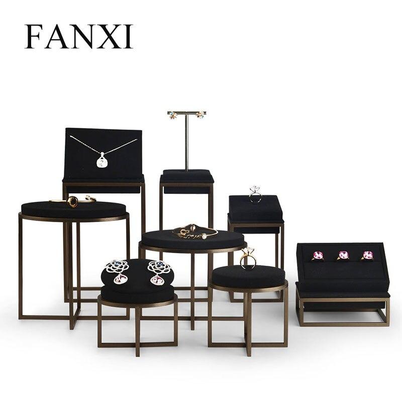 FANXI Nouvelle Bijoux En Métal Présentoir Ensemble Anneau Collier Bracelet Affichage Titulaire Plateau Noir En Cuir Bijoux Organisateur Showcase