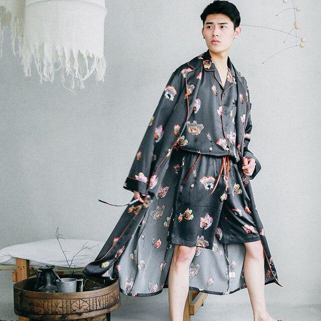 Новый шелковой ночной рубашке летние мужские печати тонкий шелк с длинными рукавами халат мужской большие размеры Мужская Три 1 предмет домашние пижамы