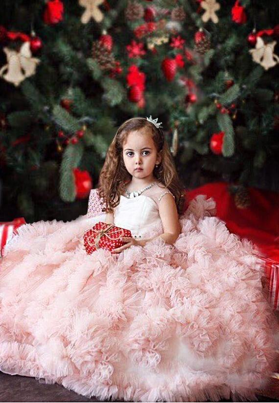 Здесь продается  2018 Sleeveless Ball Gown Flower Girl Dresses Hand Make Tulle Mother Daughter Dresse For Girl Party Pink First Communion Dress  Детские товары