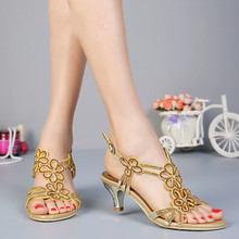 New Designer Flower Rhinestone Sandals Mid Thin Heel Ankle Strap Open Toe Sheepskin Crystal Summer Wedding Party Shoes