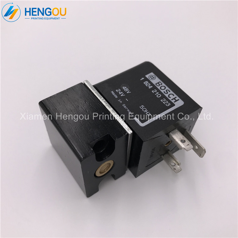 2 Pieces New Heidelberg Offset Printing Machine Parts SM102 CD102 Solenoid Valve Head 98.184.1051 61.335.001 2 pieces heidelberg cd102 sm102 water roller gear shaft s9 030 210f with 44 theeths heidelberg printing parts