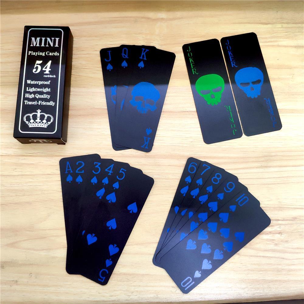 54 tarjeta/deck nuevo patrón de plástico Baccarat impermeable Mini negro Juego de cartas Texas Hold'em Poker cartas para juegos de mesa cartas Moldes de plástico 3D para paneles de azulejos 3D molde de yeso para pared de piedra decoración de arte de pared ABS DIY molde de ladrillo para pared de hormigón molde de onda 50*50cm